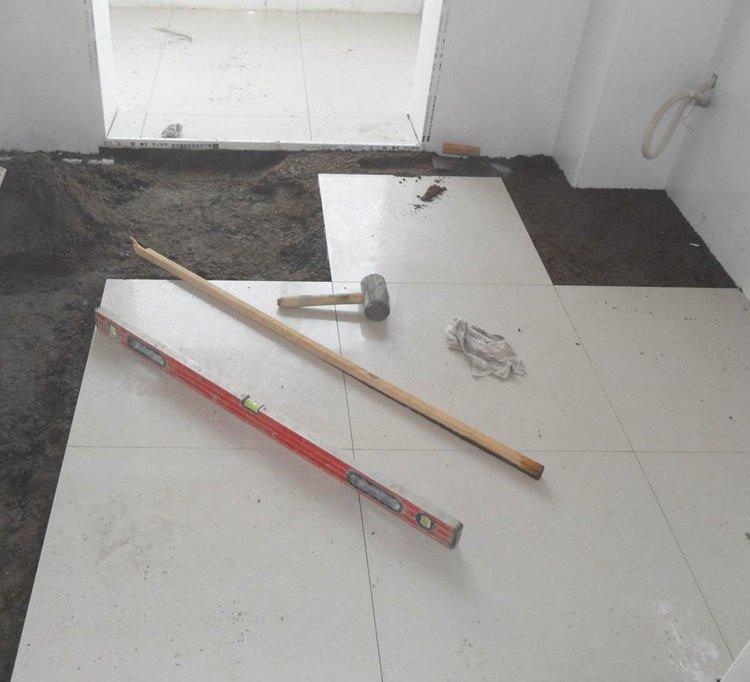 地砖铺贴的施工细节